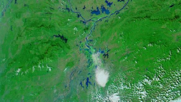 Satellite image of Poyang Lake on November 15, the day after the lake's water level fell below eight meters. NASA image courtesy LANCE MODIS Rapid Response Team at NASA GSFC.